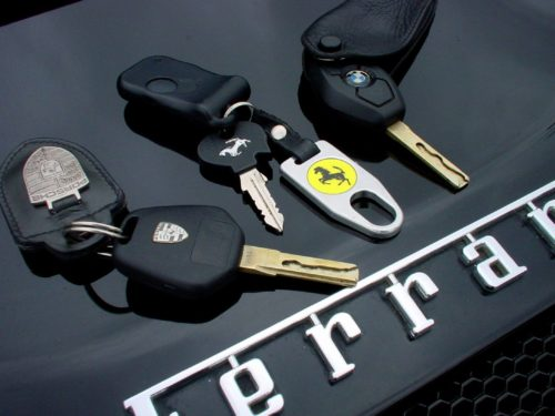 Car Key Programming - Find a Auto Locksmith Near Me (Any Car