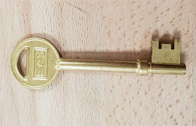 Key Cutting Guide ( from the Experts ) - Master Locksmiths