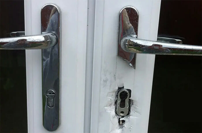 What is Lock Snapping & How to Prevent It - Master